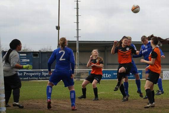 Billericay Town Ladies 4-1 LittleThurrock Dynamoes - Mikey's Soccer Snaps